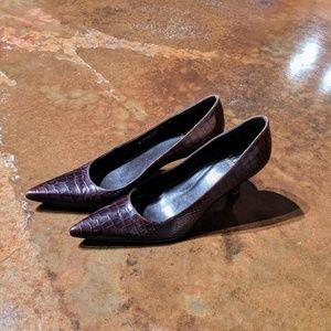 Stuart Weitzman snakeskin heels size 7